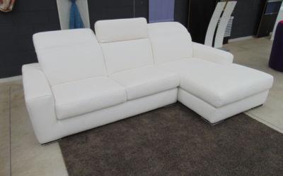 Divano modello Lory con chaise lounge