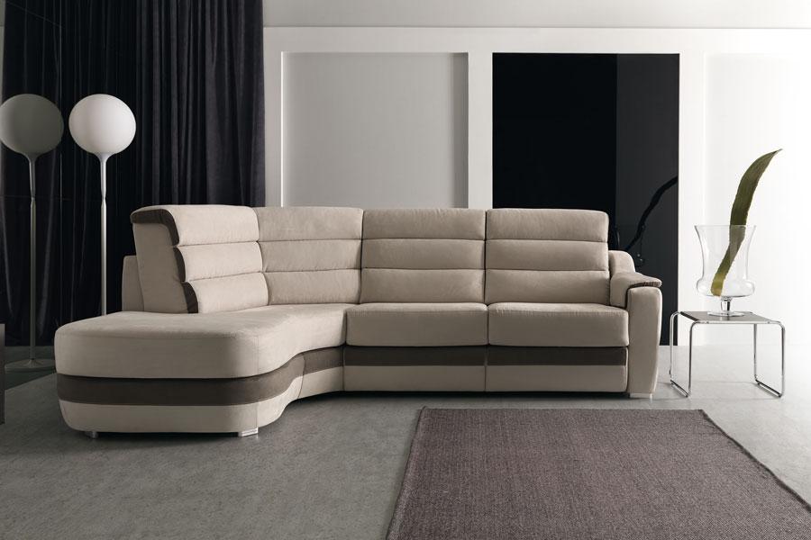 Divani e divani ritiro usato top divani in pelle posti usato agrustos with divani e divani - Divano letto brescia ...